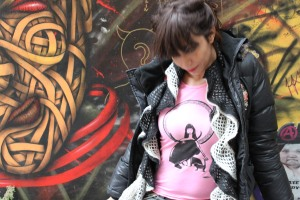 Girl Cat and Bull pink 3
